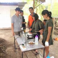 ทีมพัฒนาผลิตภัณฑ์ การทำขนมทองม้วน ศูนย์เทศบาลเมืองสระแก้ว