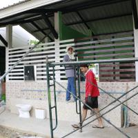กิจกรรมอาชีวะพัฒนา ซ่อมแซมอาคารประกอบโรงเรียนเพชรรัตนราชสุดา