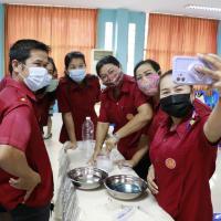 กิจกรรมการทำหน้ากากอนามัยและเจลล้างมือเพื่อการป้องกัน